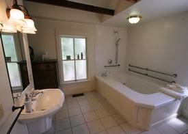 Tub fit for the Queen of France and Scotland